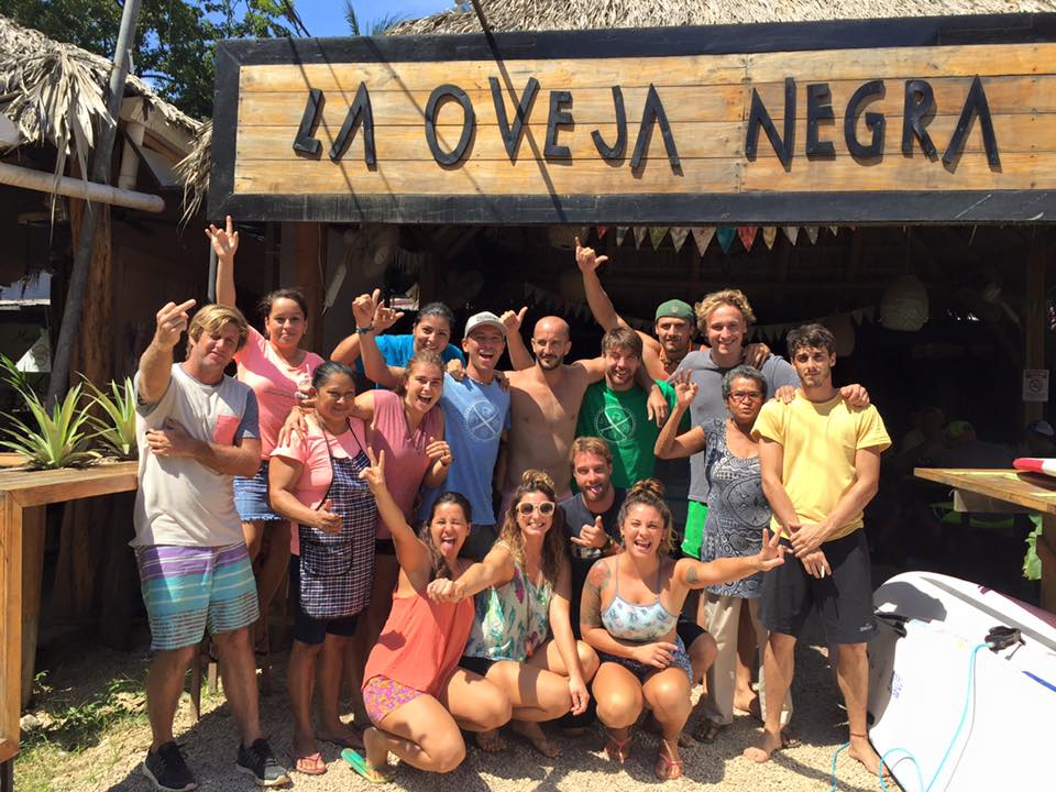 Costa Rica Surf Camp - La Oveja Tamarindo Hostel & Surf Camp