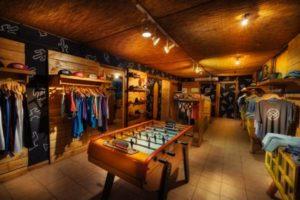 Costa Rica Surf Camp - La Oveja Tamarindo Hostel & Surf Camp